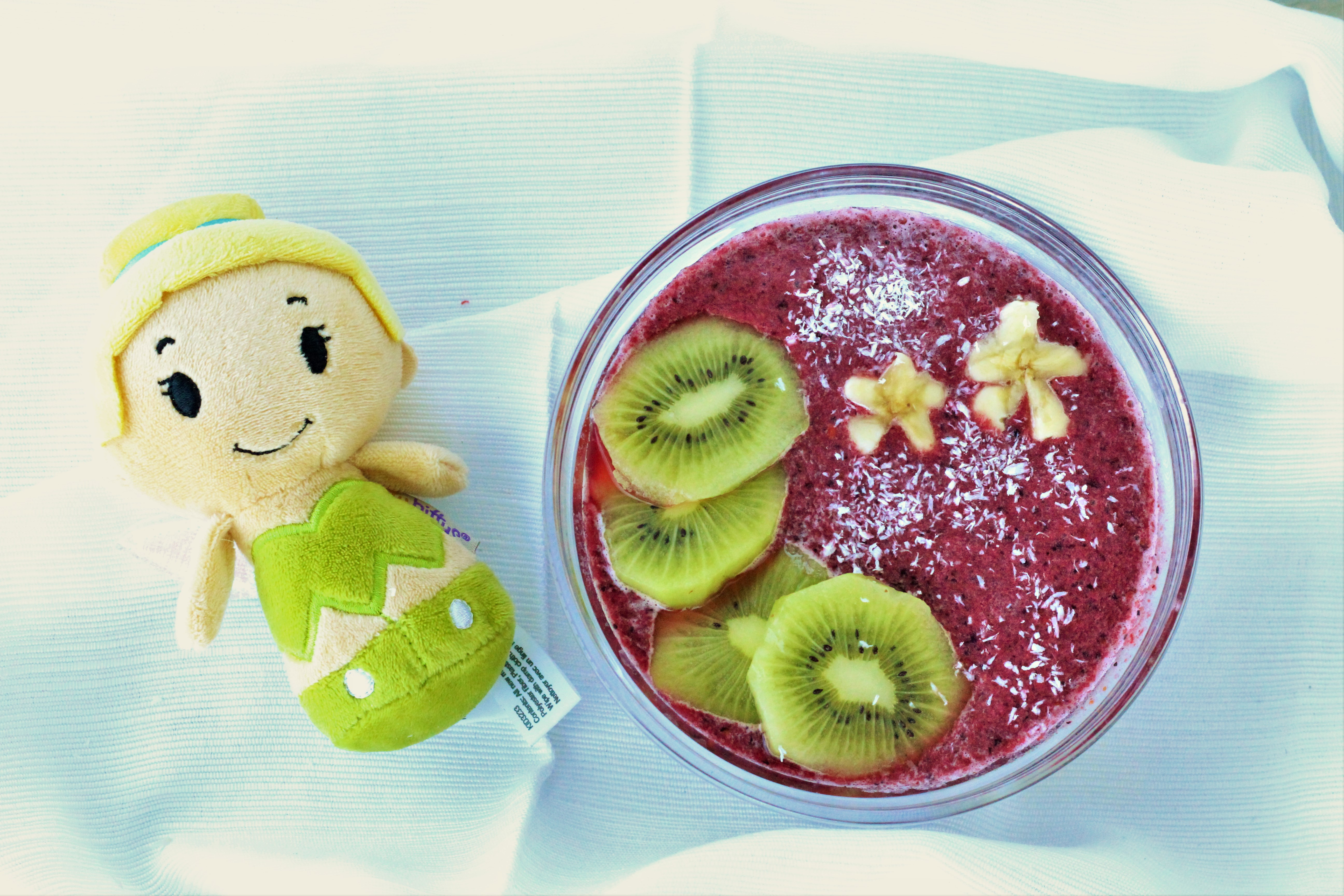 Neverland Smoothie Bowl - Healthy Disney Inspired Food