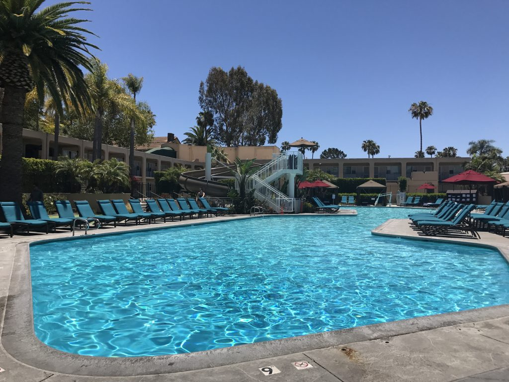 how to get access to pools and hotel amenities in california