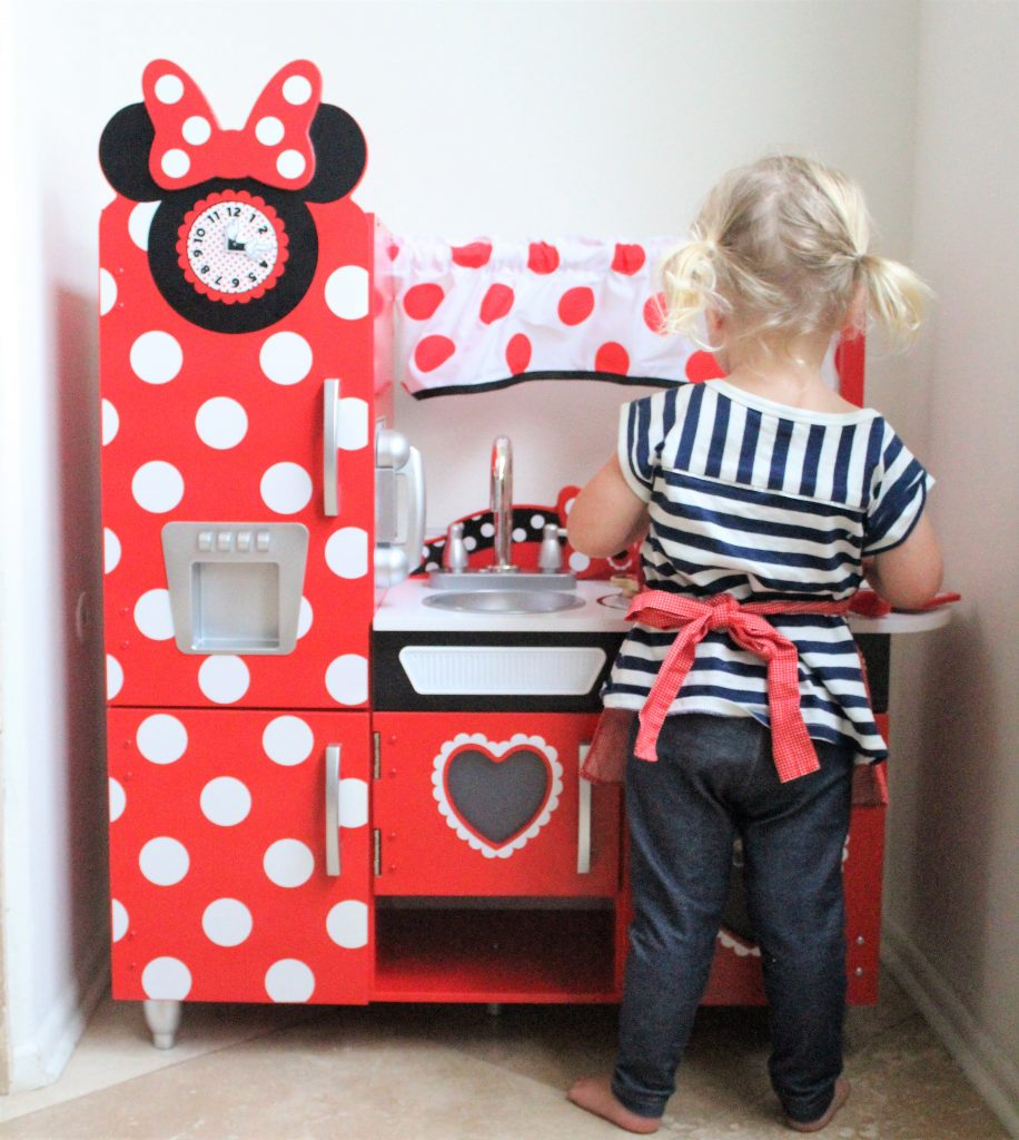 The Play Kitchen Every Minnie Mouse Fan Needs The Healthy Mouse